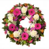 Pastel  open wreath